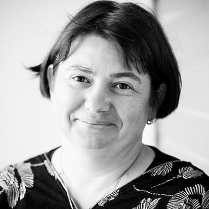 Sylvie Cau mil