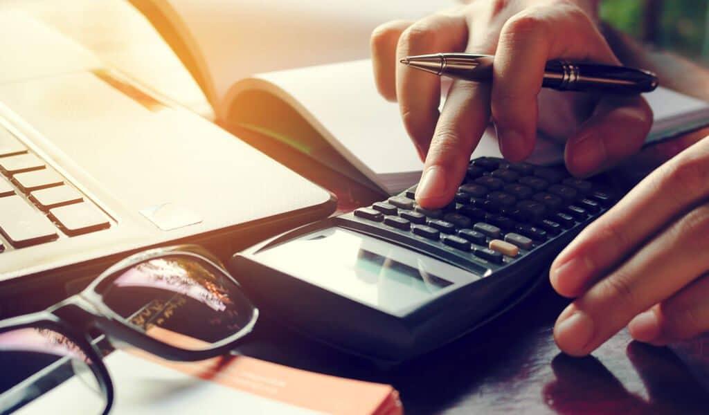 10 astuces pour réduire votre impôt sur les sociétés