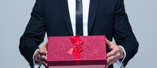 quand-des-cadeaux-daffaires-cachent-un-abus-de-biens-sociaux8230