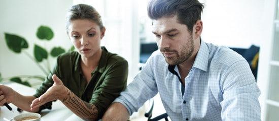 conjoint-travaillant-dans-l'entreprise:-il-faut-le-declarer!