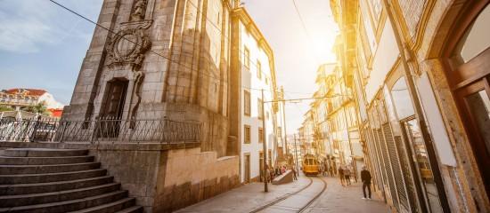 portugal:-vers-la-fin-des-retraites-dorees?